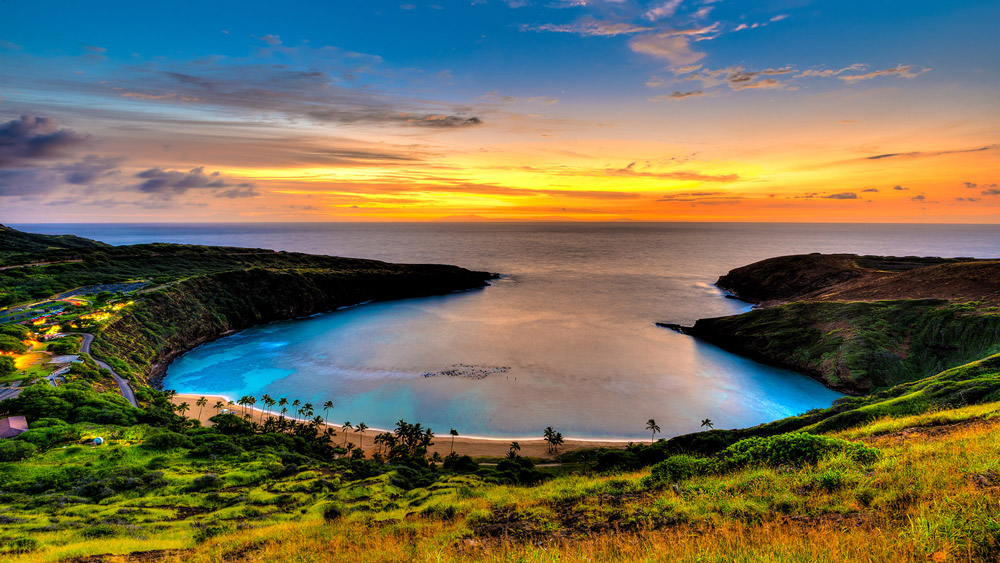 Hawaii, hanauma bay at sunrise
